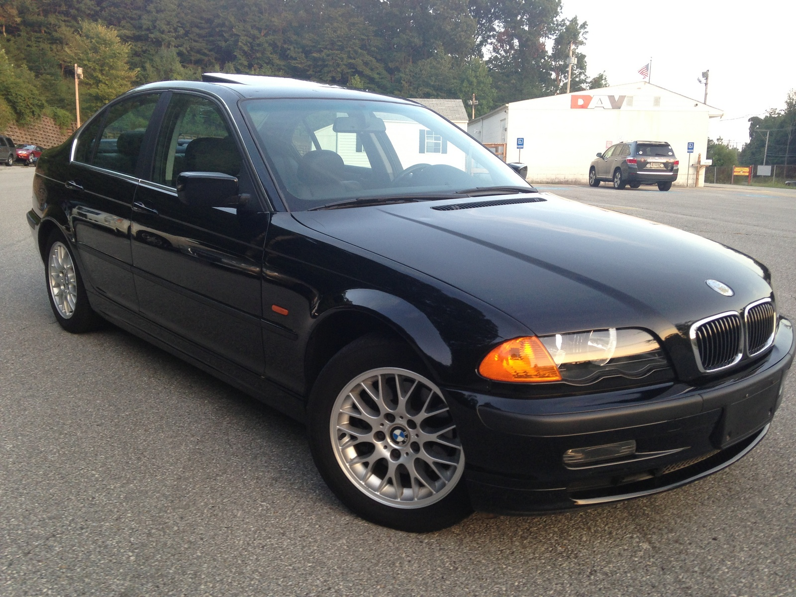 BMW 3 series 325i 2000 photo - 10