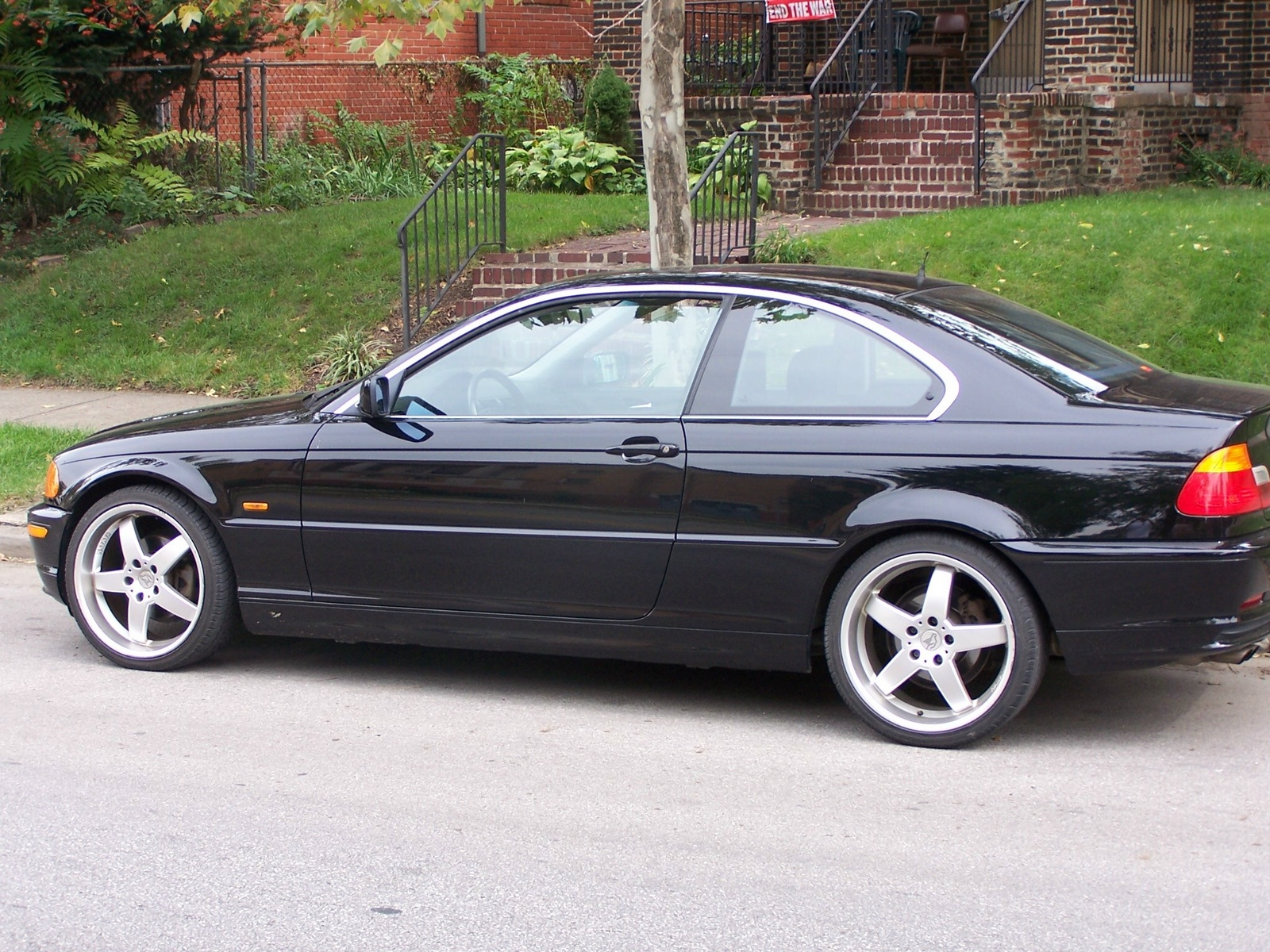 BMW 3 series 325i 2000 photo - 11