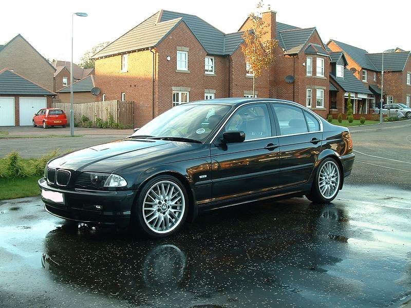 BMW 3 series 325i 2000 photo - 4