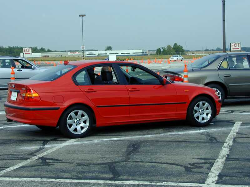 BMW 3 series 325i 2000 photo - 5