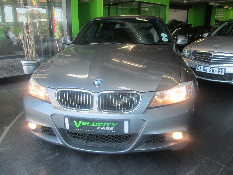 BMW 3 series 325i 2010 photo - 4