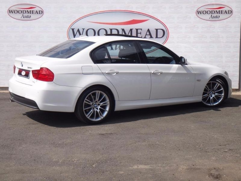 BMW 3 series 325i 2010 photo - 5