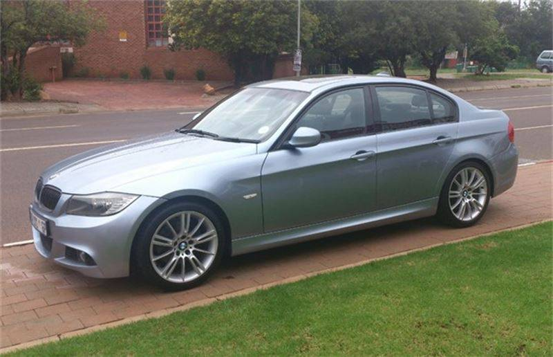 BMW 3 series 325i 2010 photo - 8