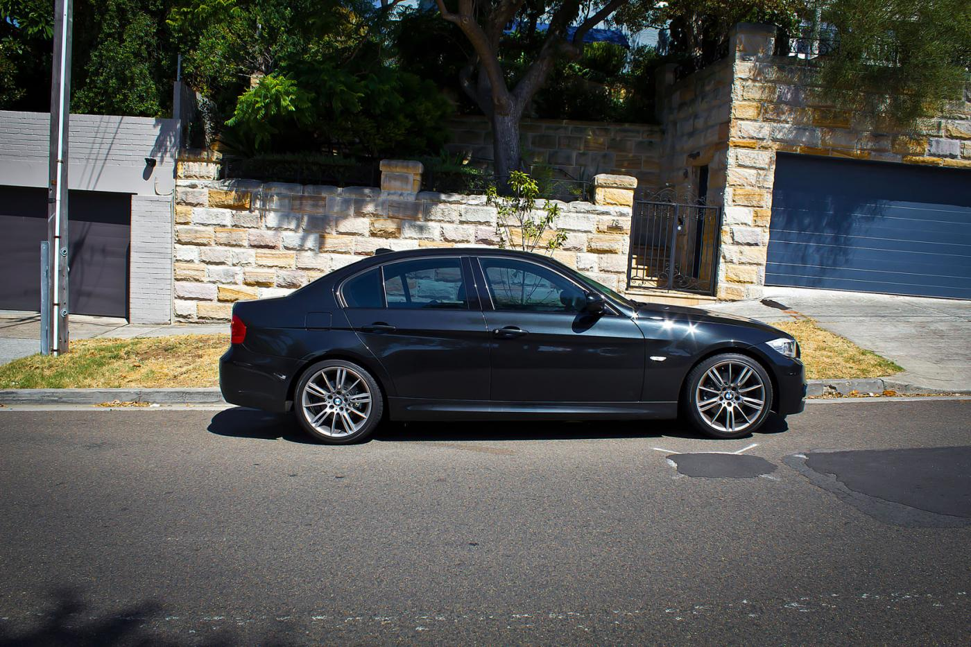 BMW 3 series 325i 2013 photo - 12