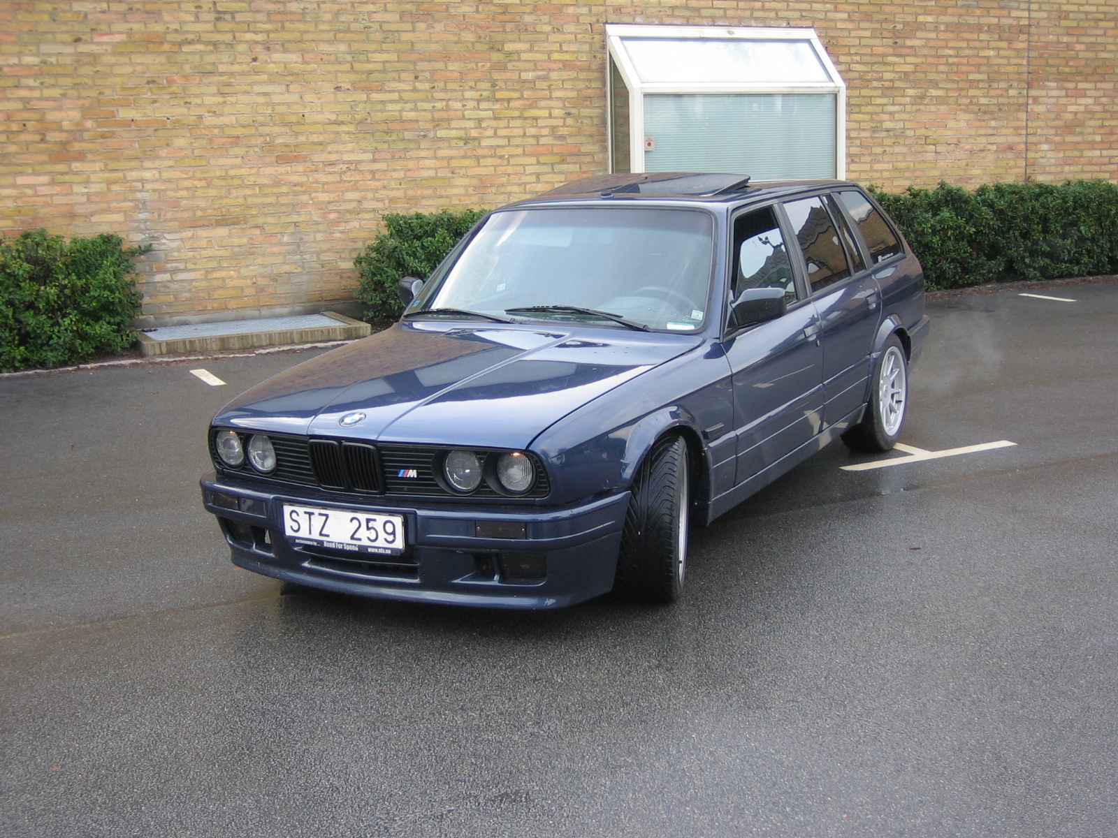 BMW 3 series 325ix 1991 photo - 4