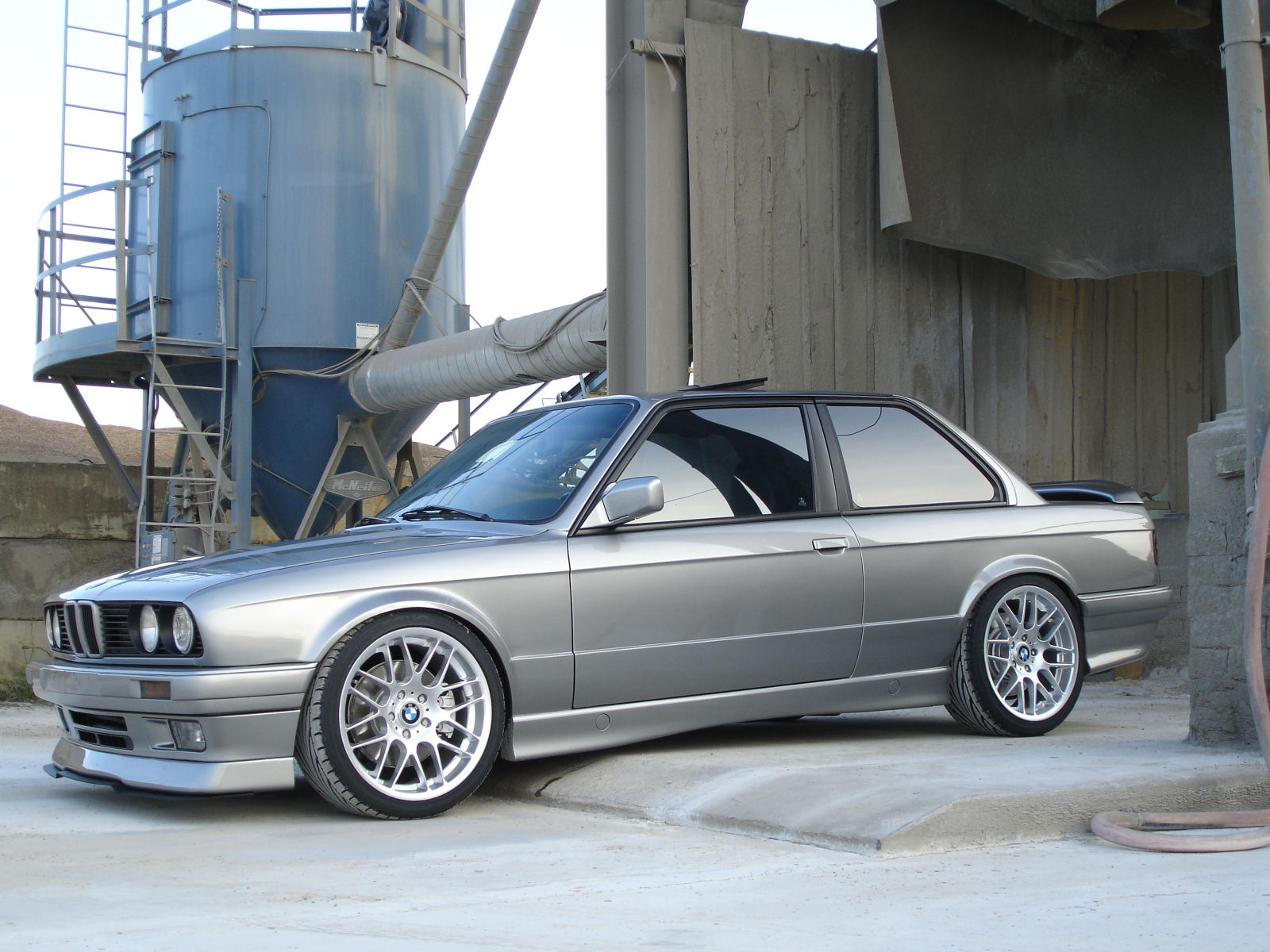 BMW 3 series 325ix 1991 photo - 9