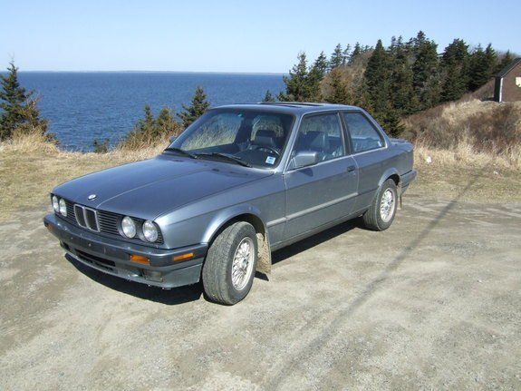 BMW 3 series 325td 1990 photo - 11
