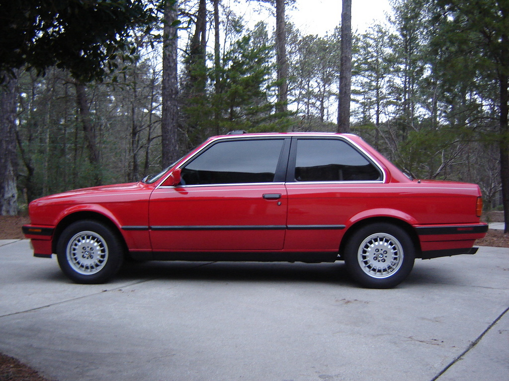 BMW 3 series 325td 1990 photo - 3