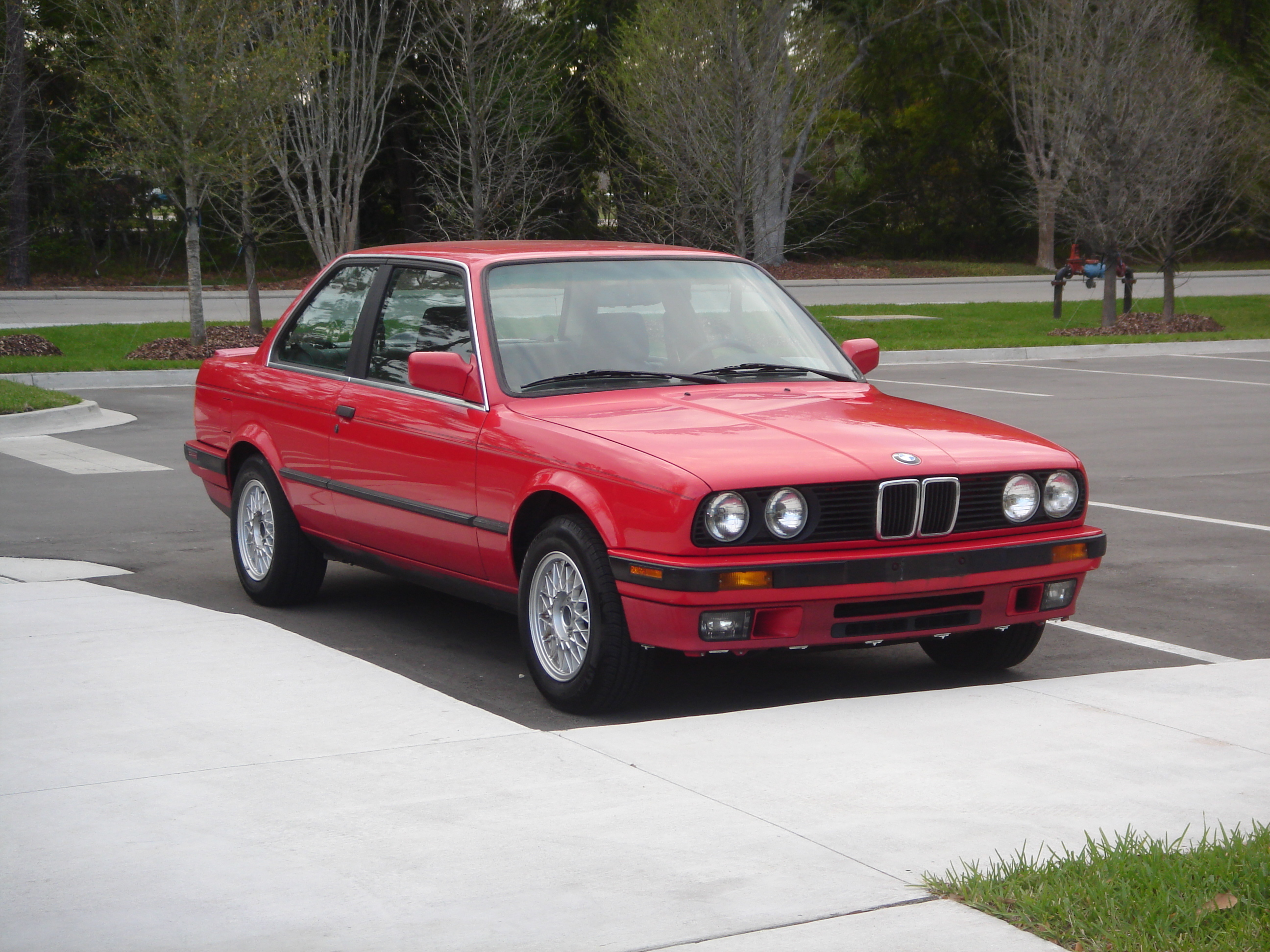 BMW 3 series 325td 1990 photo - 4