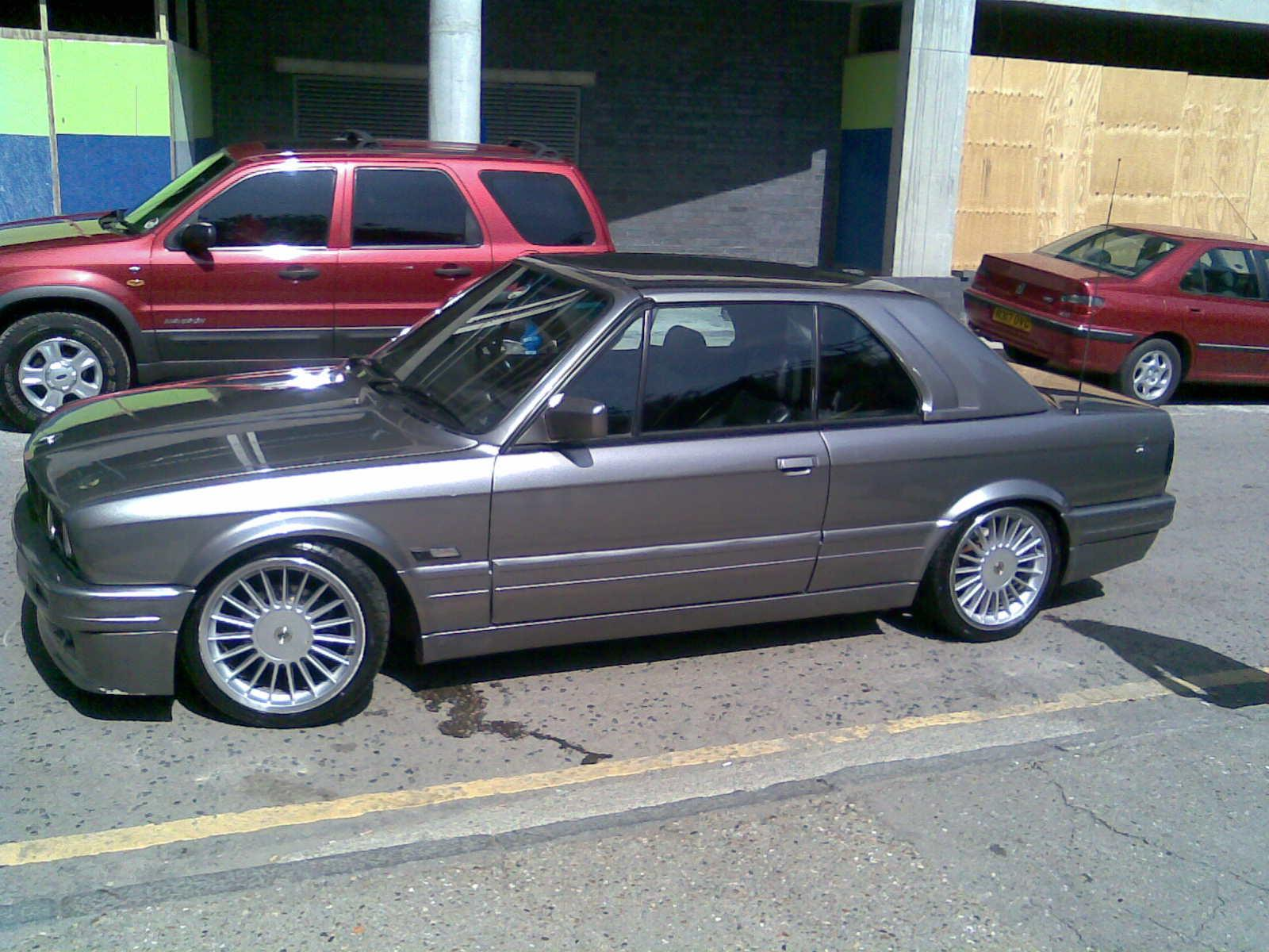 BMW 3 series 325td 1990 photo - 6