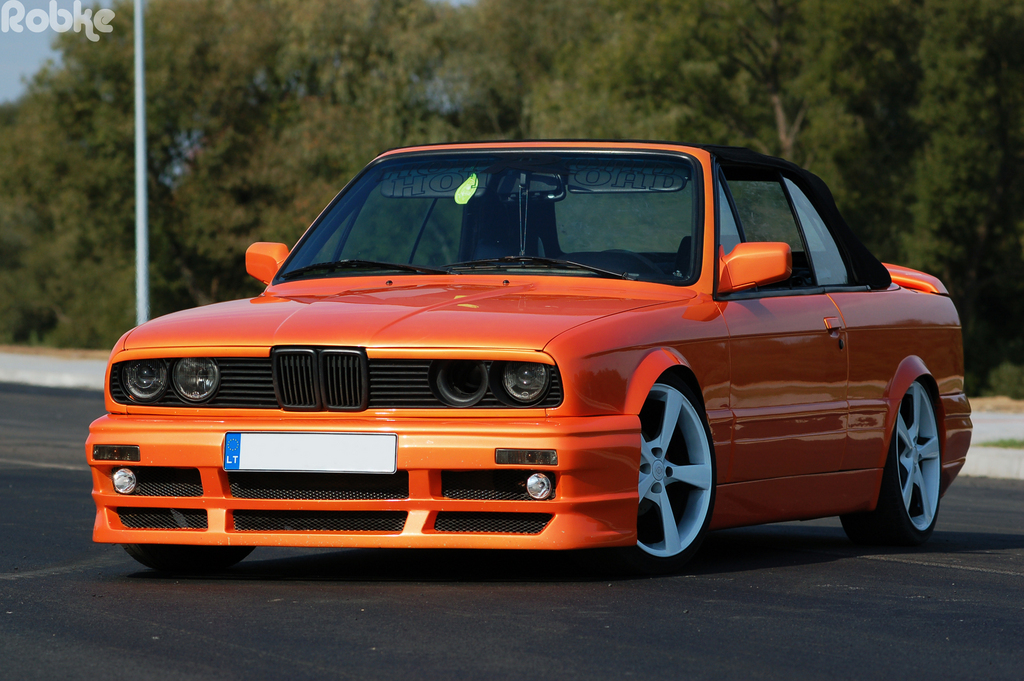 BMW 3 series 325td 1990 photo - 8