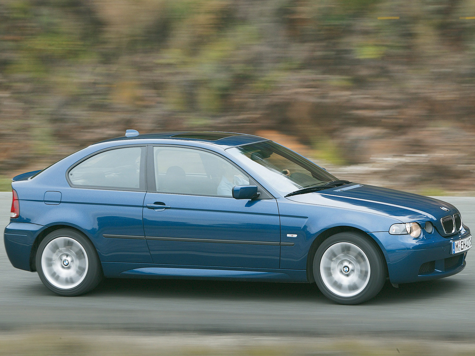BMW 3 series 325ti 2001 photo - 2