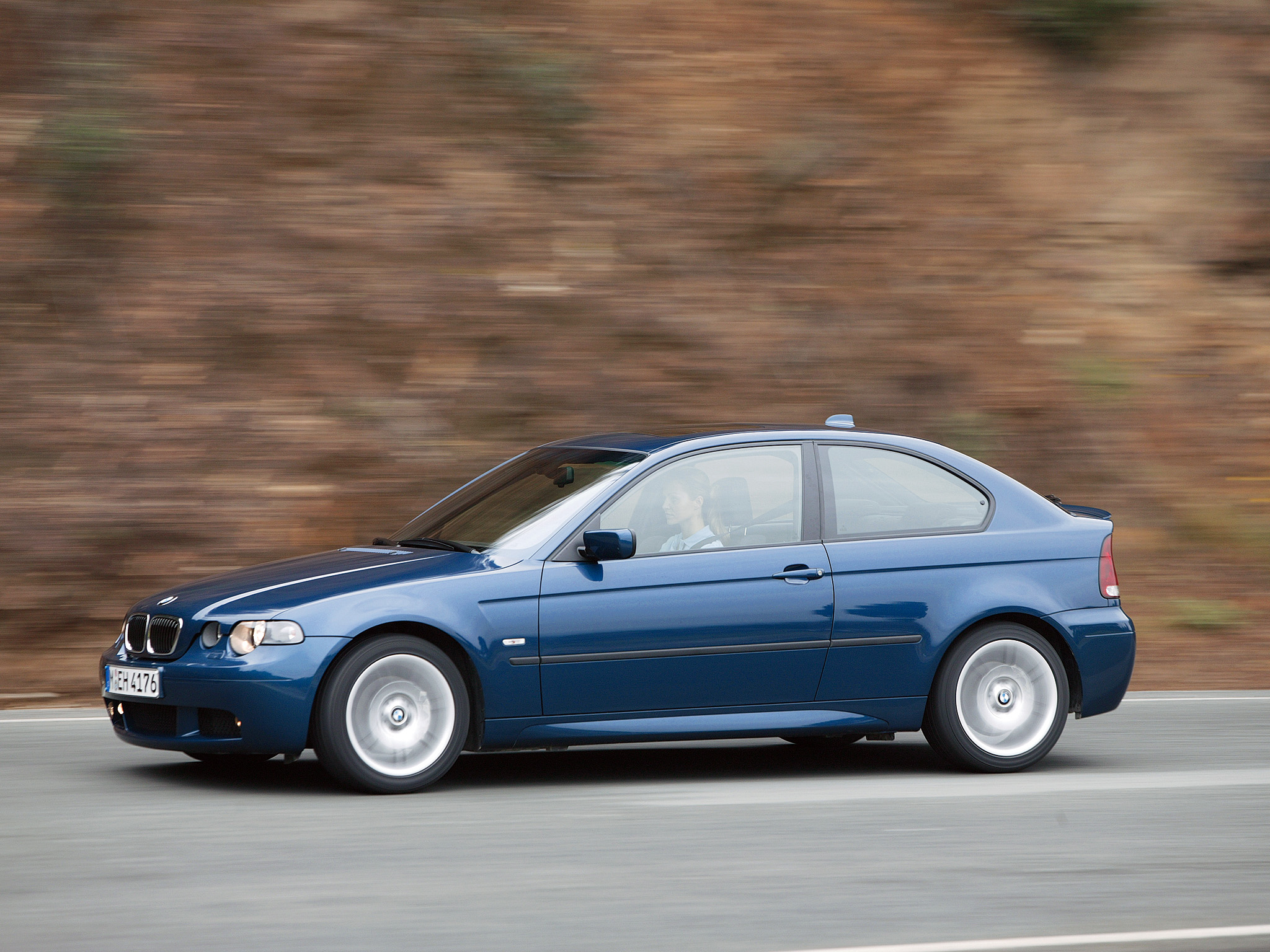 BMW 3 series 325ti 2001 photo - 3