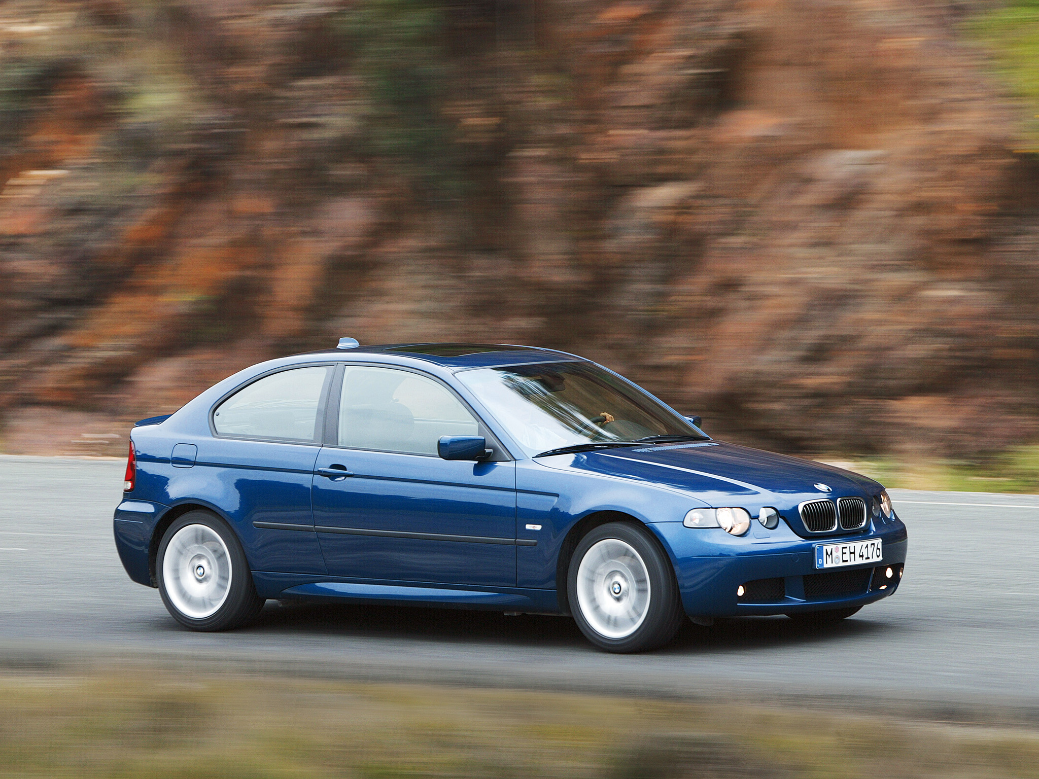 BMW 3 series 325ti 2001 photo - 4