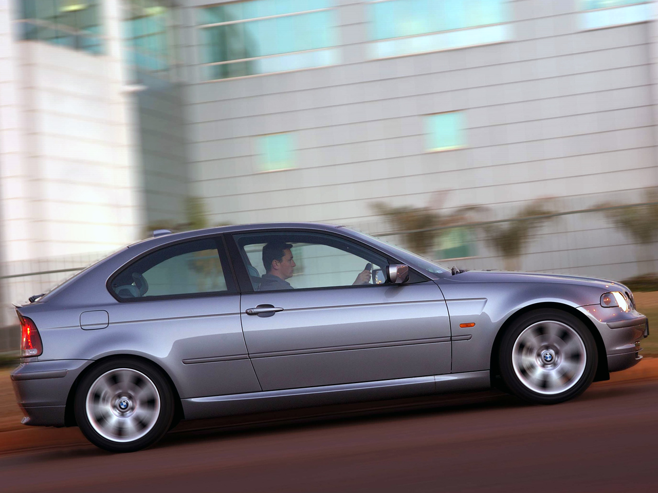 BMW 3 series 325ti 2001 photo - 8
