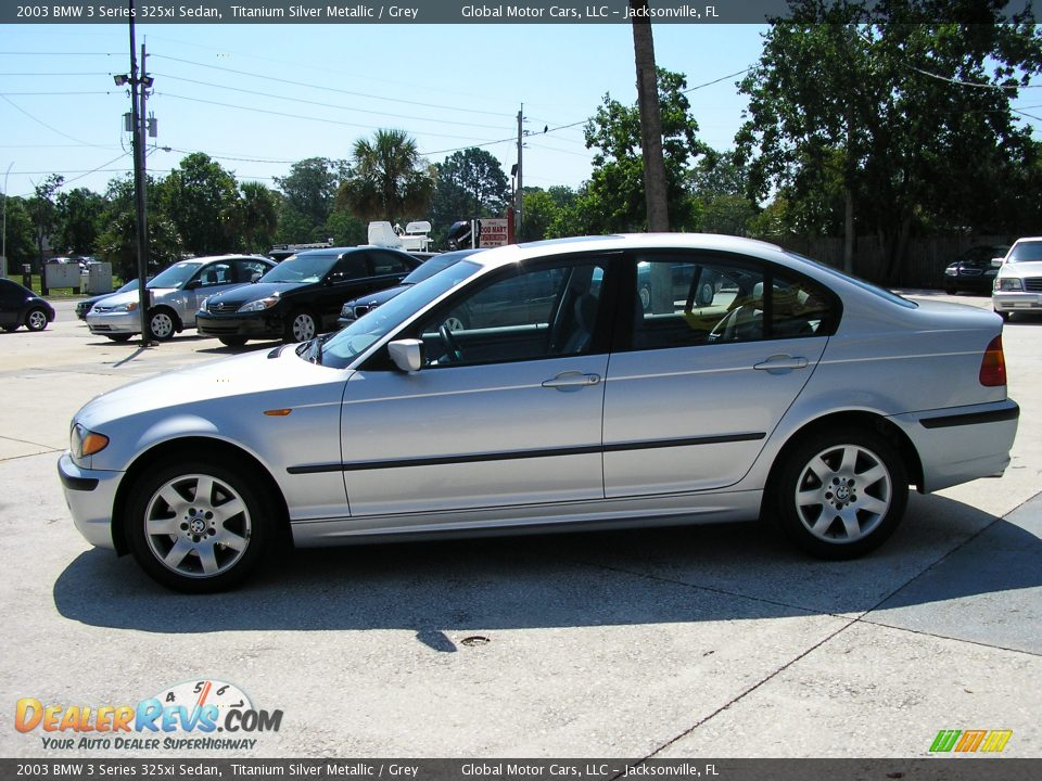 BMW 3 series 325xi 2003 photo - 2