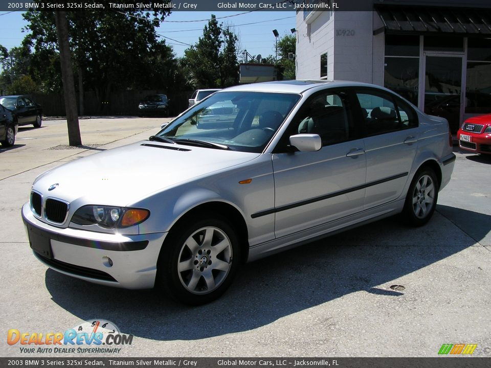 BMW 3 series 325xi 2003 photo - 3