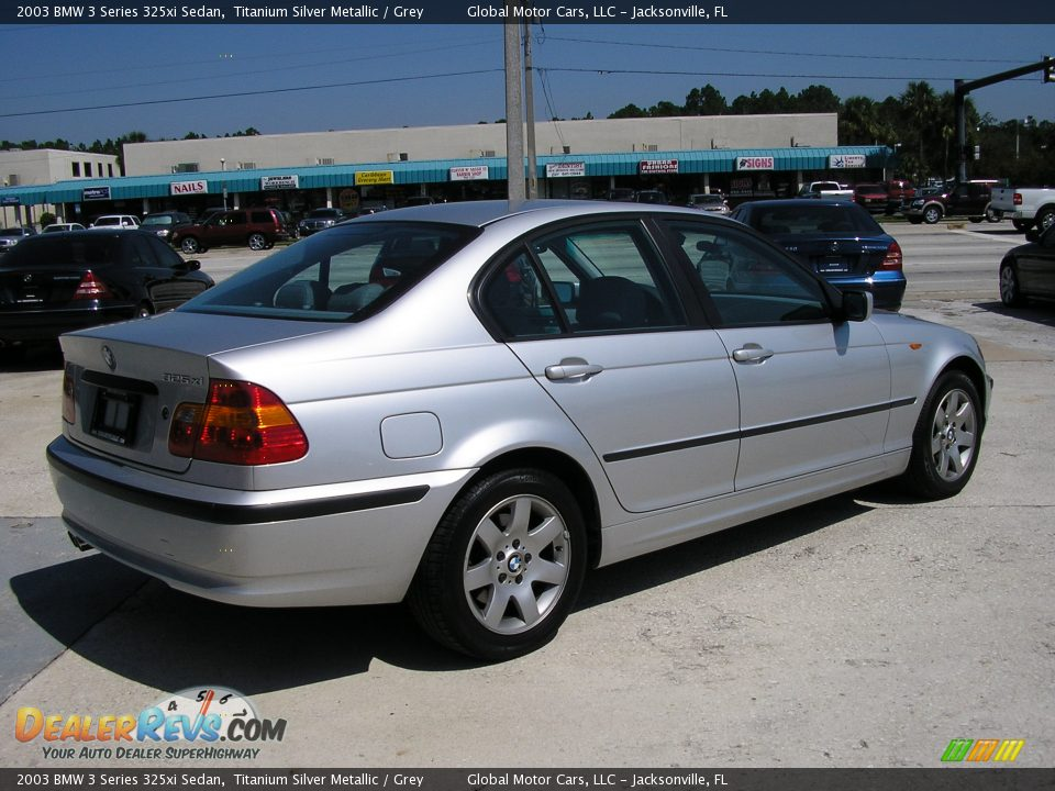 BMW 3 series 325xi 2003 photo - 5