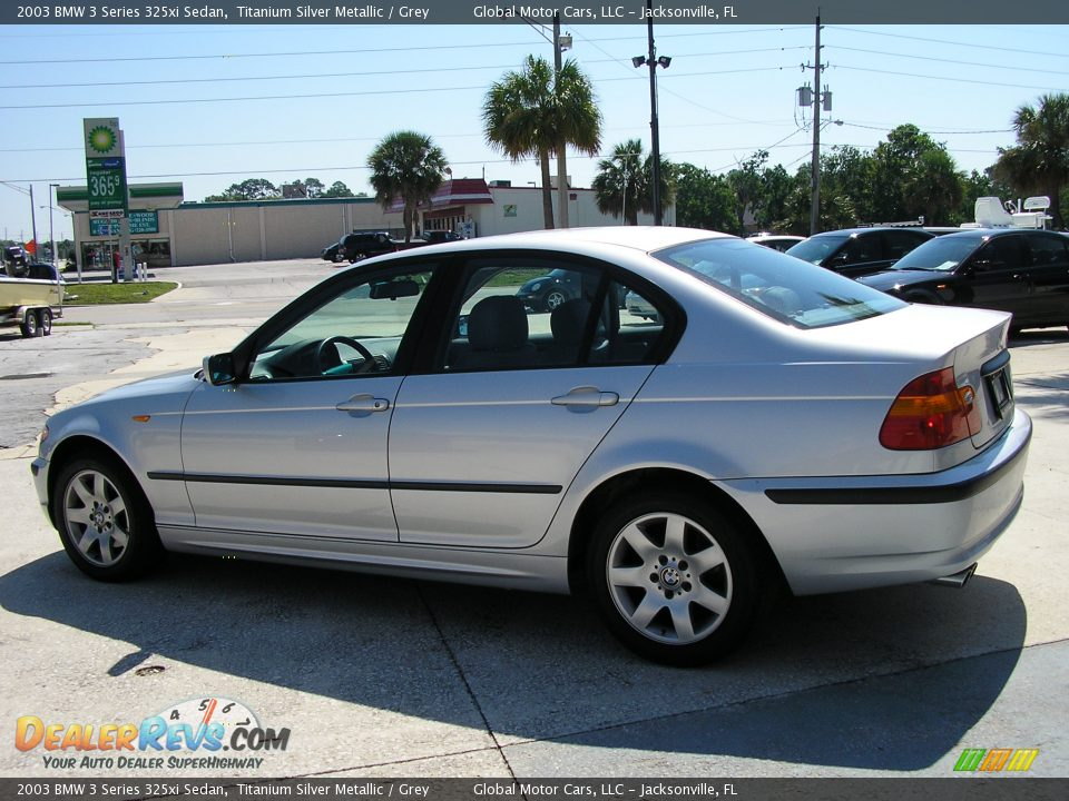 BMW 3 series 325xi 2003 photo - 6