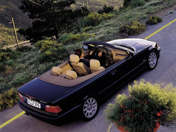BMW 3 series 328i 1993 photo - 3