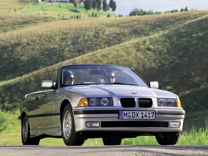 BMW 3 series 328i 1993 photo - 8