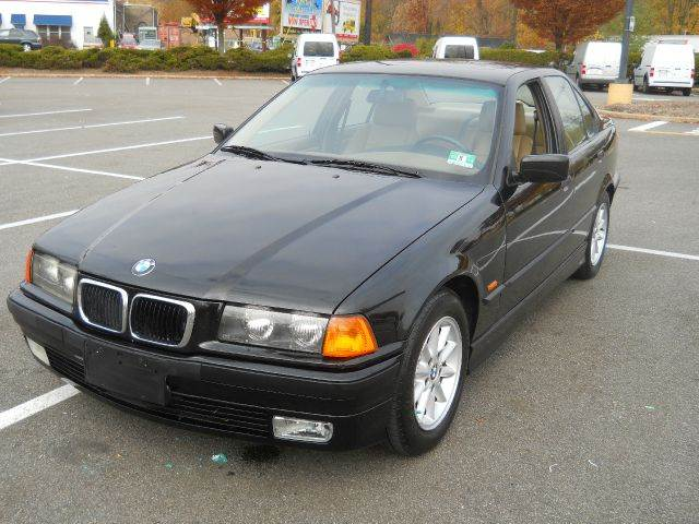 BMW 3 series 328i 1997 photo - 12