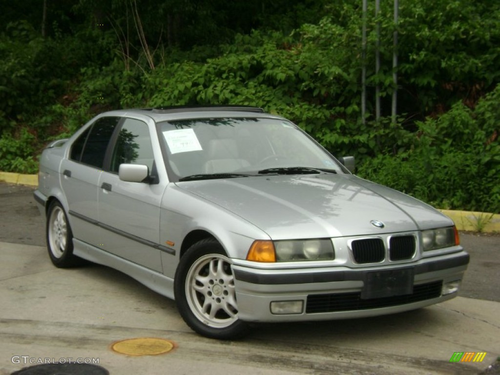 BMW 3 series 328i 1997 photo - 2