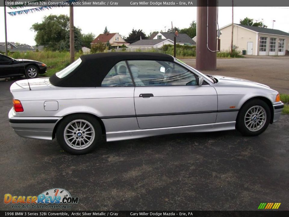 BMW 3 series 328i 1998 photo - 11