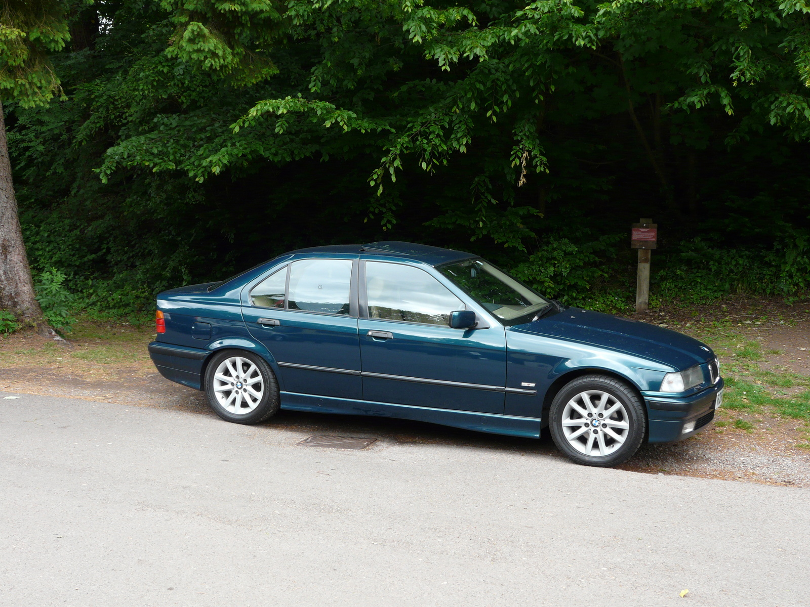 BMW 3 series 328i 1998 photo - 6