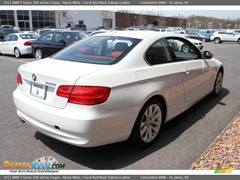 BMW 3 series 328i 2011 photo - 3
