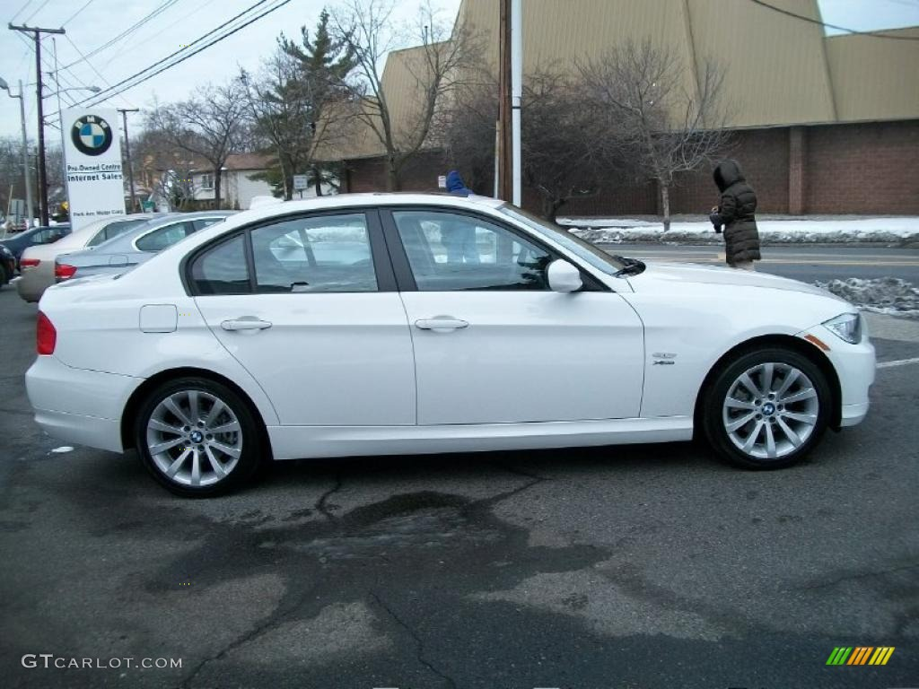 BMW 3 series 328i 2011 photo - 9
