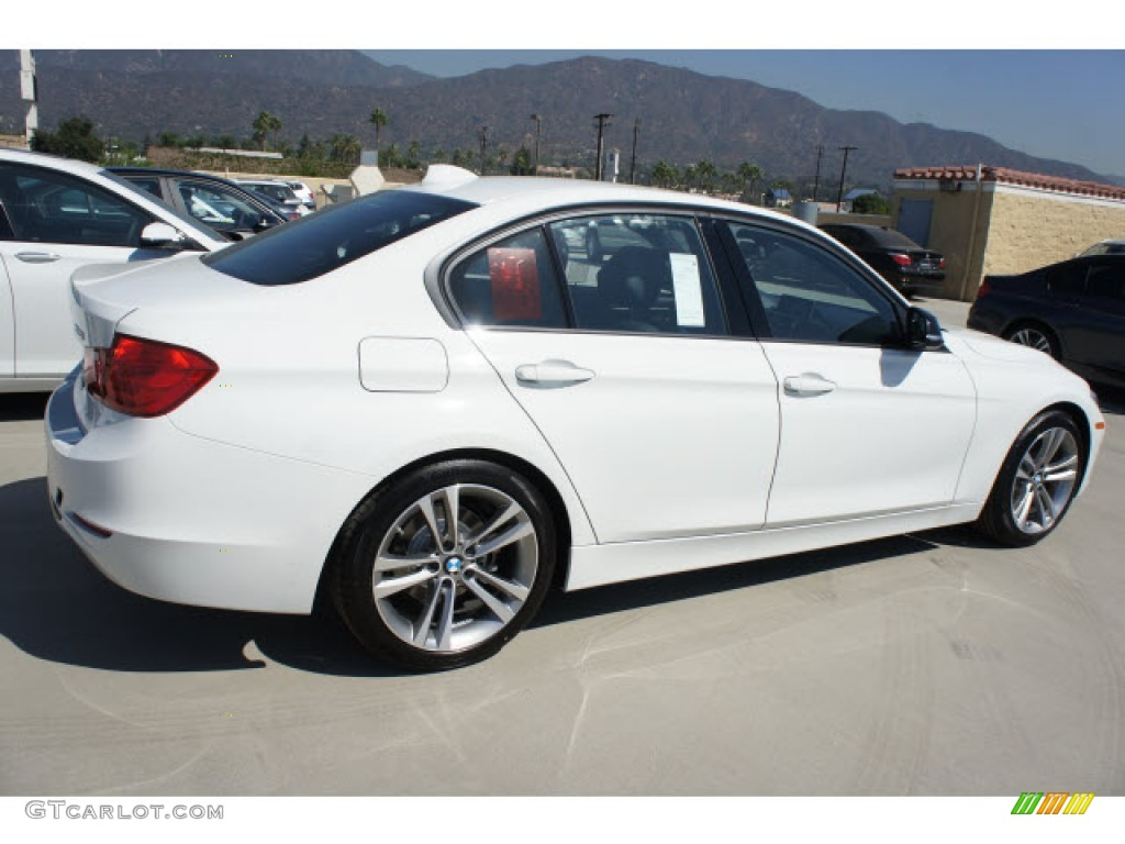 BMW 3 series 328i 2013 photo - 12