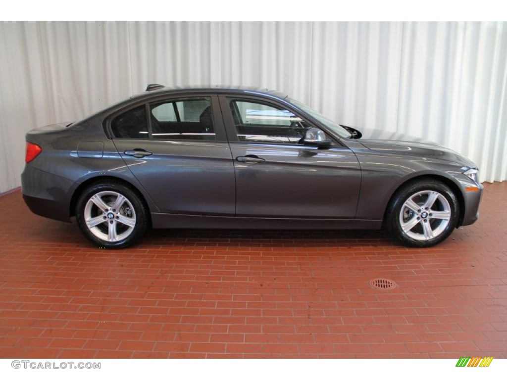 BMW 3 series 328i 2013 photo - 4