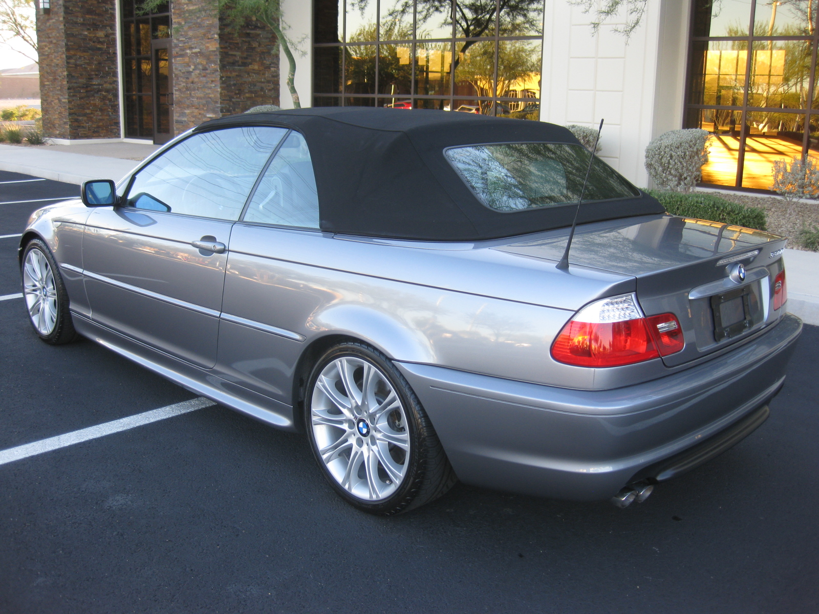 BMW 3 series 328xi 2005 photo - 9