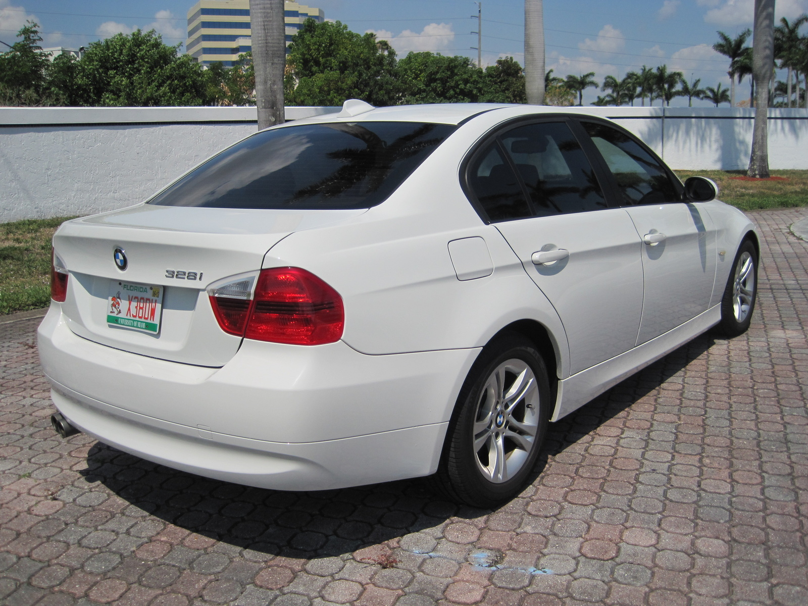 BMW 3 series 328xi 2008 photo - 6