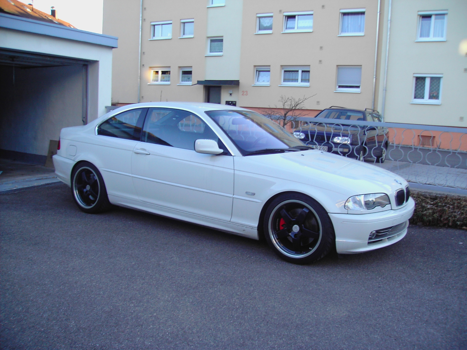 BMW 3 series 330Ci 2002 photo - 6