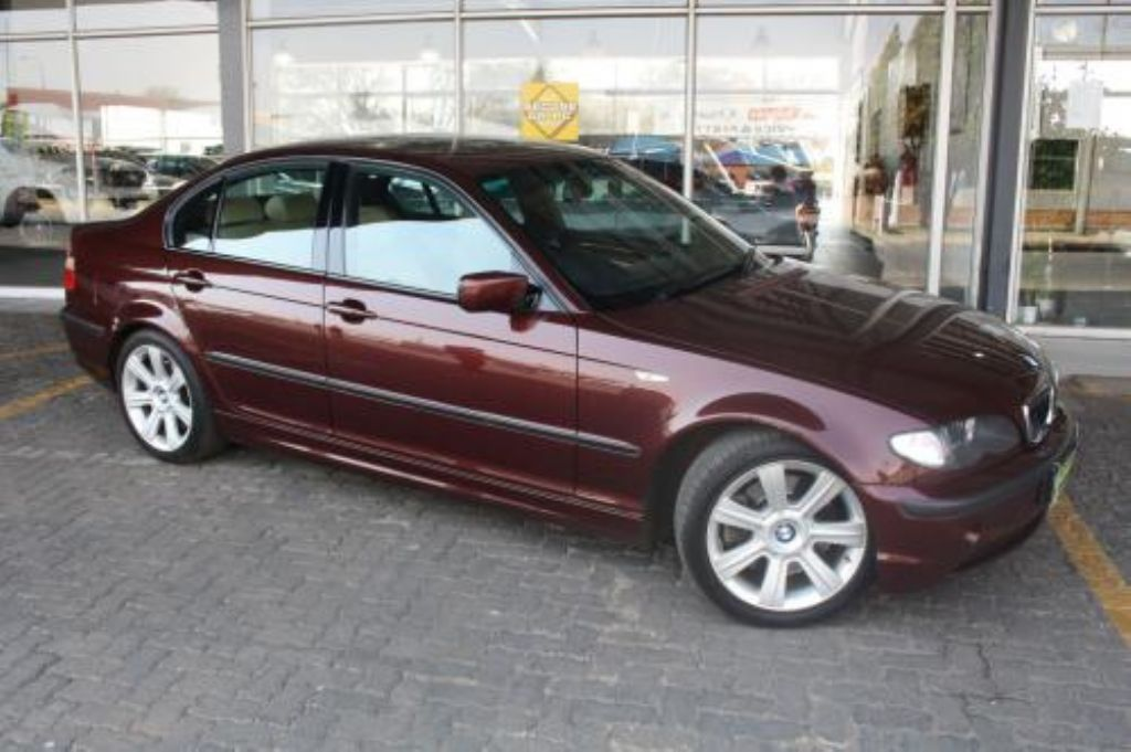 BMW 3 series 330d 2002 photo - 12
