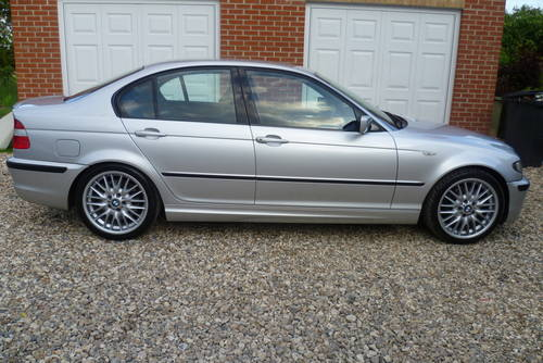 BMW 3 series 330d 2002 photo - 3