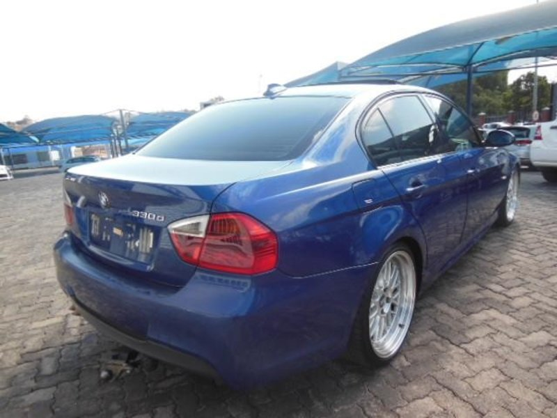 BMW 3 series 330d 2005 photo - 2
