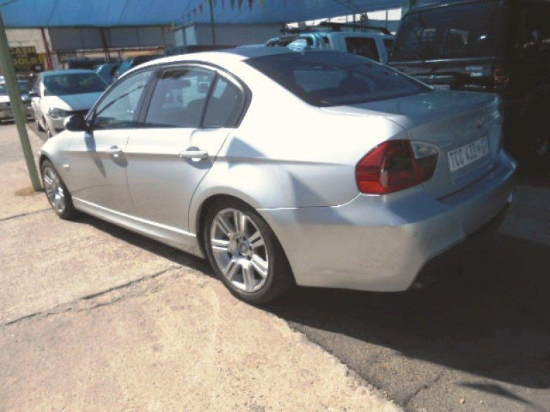 BMW 3 series 330d 2006 photo - 11