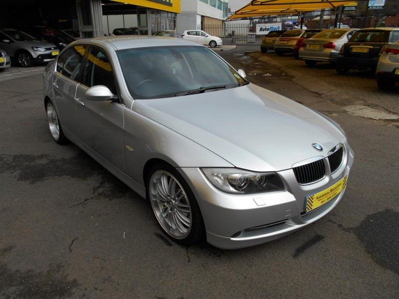 BMW 3 series 330d 2006 photo - 2