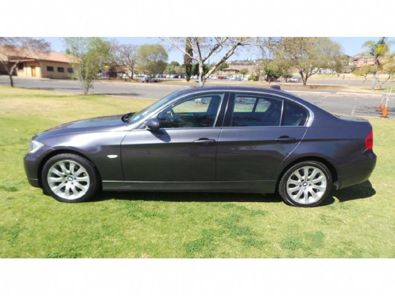 BMW 3 series 330d 2007 photo - 4