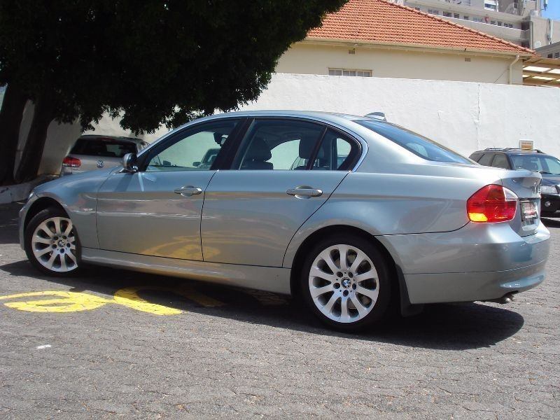 BMW 3 series 330d 2007 photo - 5