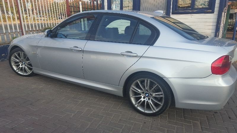BMW 3 series 330d 2007 photo - 9