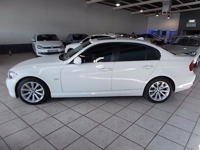 BMW 3 series 330d 2009 photo - 7