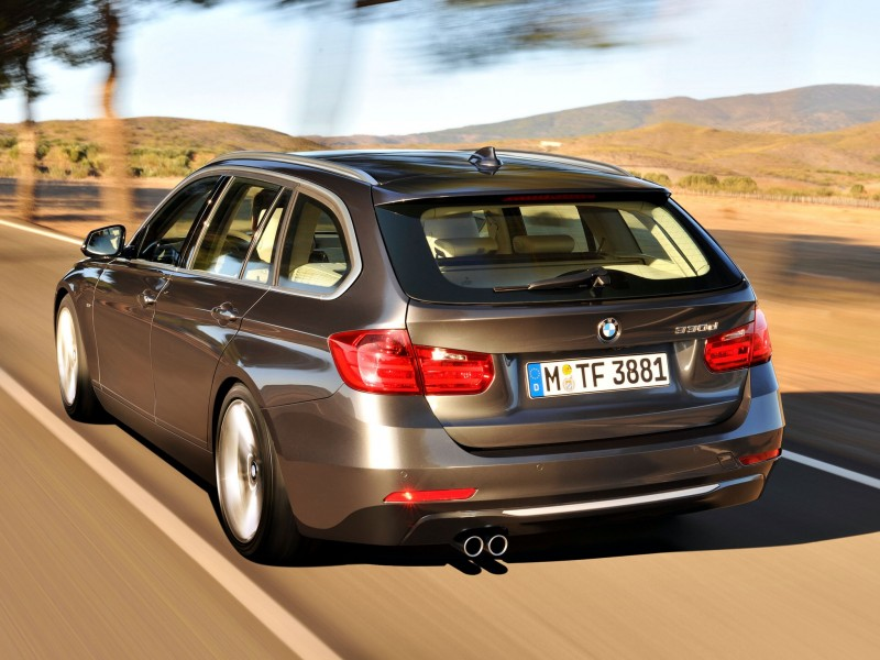 BMW 3 series 330d 2012 photo - 3