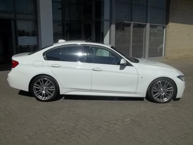 BMW 3 series 330d 2012 photo - 5
