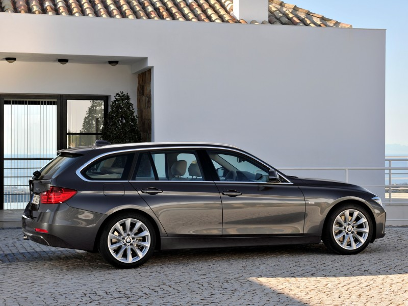 BMW 3 series 330d 2012 photo - 7
