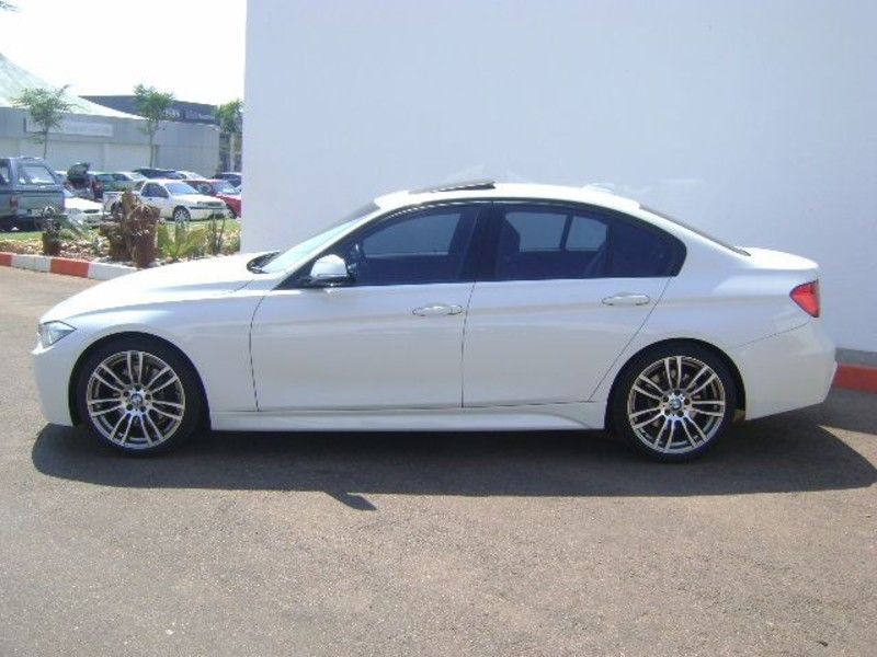 BMW 3 series 330d 2013 photo - 10