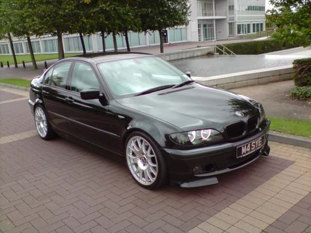 BMW 3 series 330i 2003 photo - 2